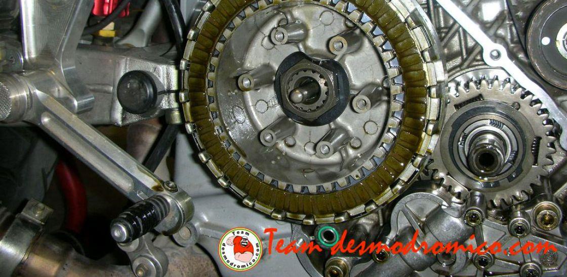 Frizione a bagno d olio montare motore elettrico - Dsg 7 marce bagno d olio ...